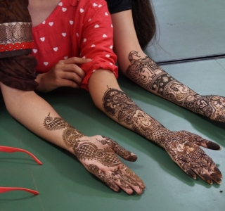 Mehendi Competition